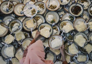 Iftar di Kampung Ramadhan Jogokariyan